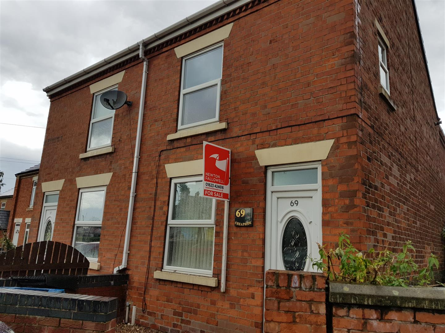 3 Bedrooms Semi Detached House for sale in Cheapside, Worksop